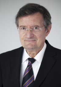 Claude QUÉTEL