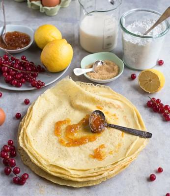 Chandeleur : classique, sans gluten, vegan… découvrez nos recettes de pâte à crêpes !